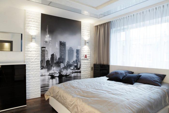 Чёрно-белый город фотопечать в спальне