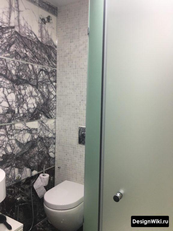 2 вида дизайна плитки для ванной и туалета