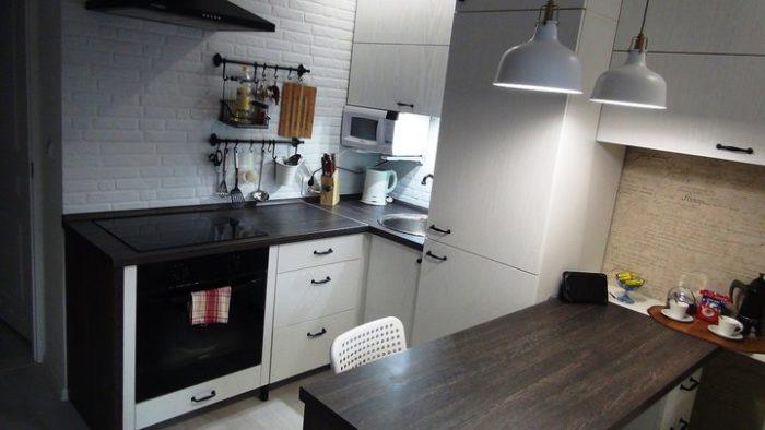 Бюджетный гарнитур для маленькой кухни