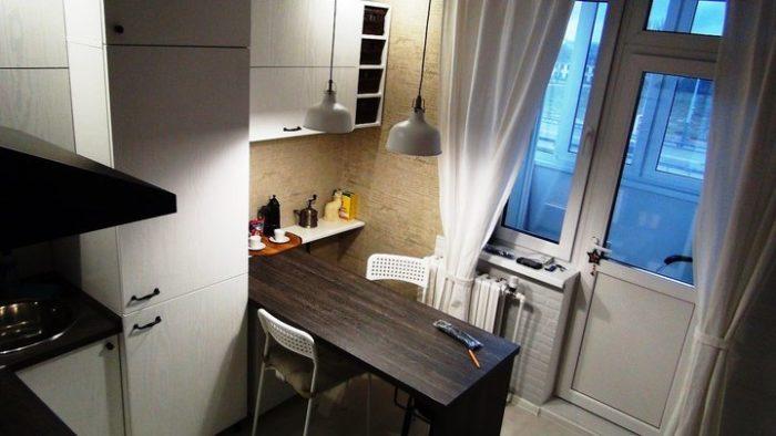 Матовый гарнитур для кухни под белое дерево