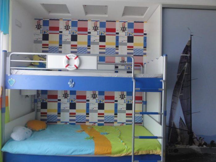 Двухэтажная детская кровать для мальчиков
