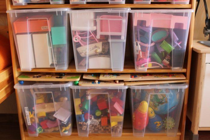 Прозрачные контейнеры для игрушек
