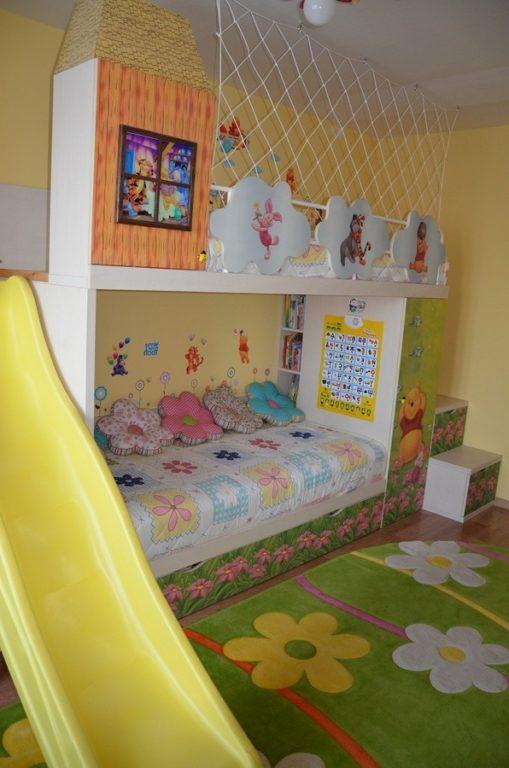 Двухъярусная кровать с горкой для двух девочек