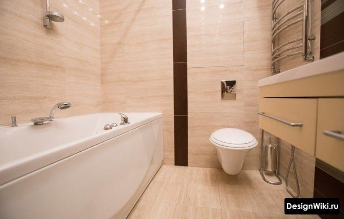 Аккуратный интерьер маленькой ванной
