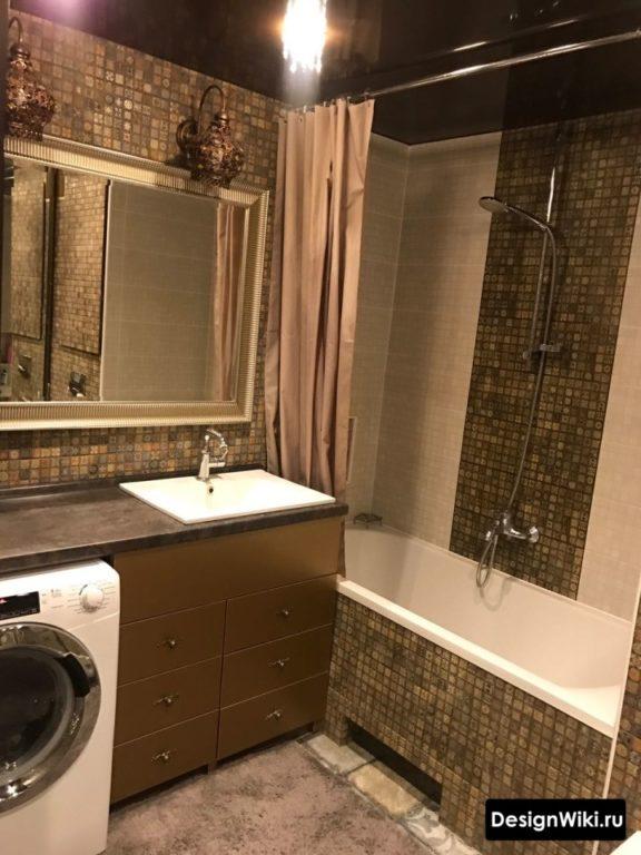 Дизайн ванной комнаты со стиральной машинкой под раковиной