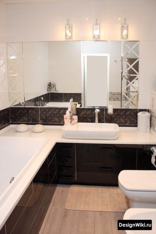 Монолитный дизайн небольшой ванной комнаты