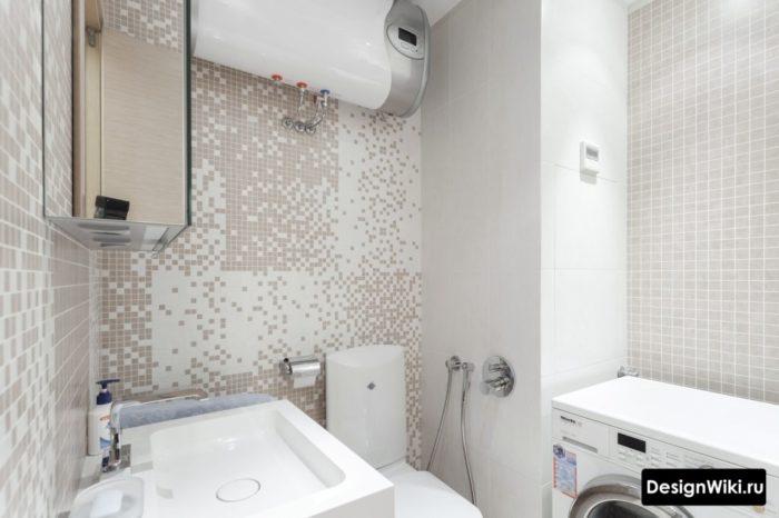 Плитка мозаика в ванной 4 кв со стиральной машиной