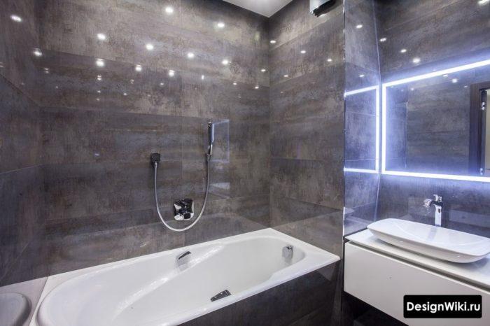 Черная плитка под металл в маленькой ванной