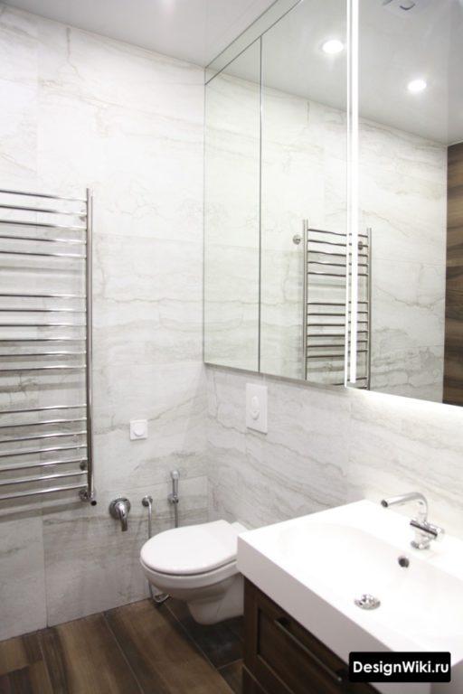 Ванная комната сочетание камня и дерева