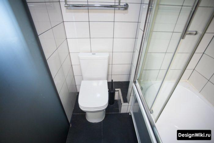 Ванна с душевой кабиной два в одном