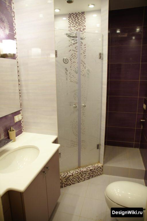 Дизайн душевой комнаты с туалетом