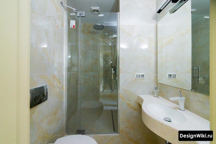 Дизайн интерьера ванной с самодельной душевой кабиной