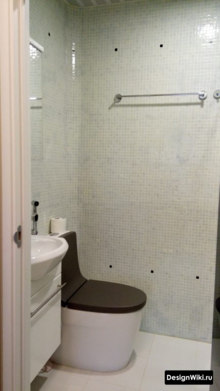 Дизайн туалета в хрущевке с мозаикой