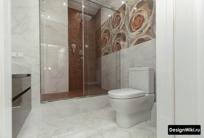 Интерьер ванной комнаты совмещенной с туалетом и душем