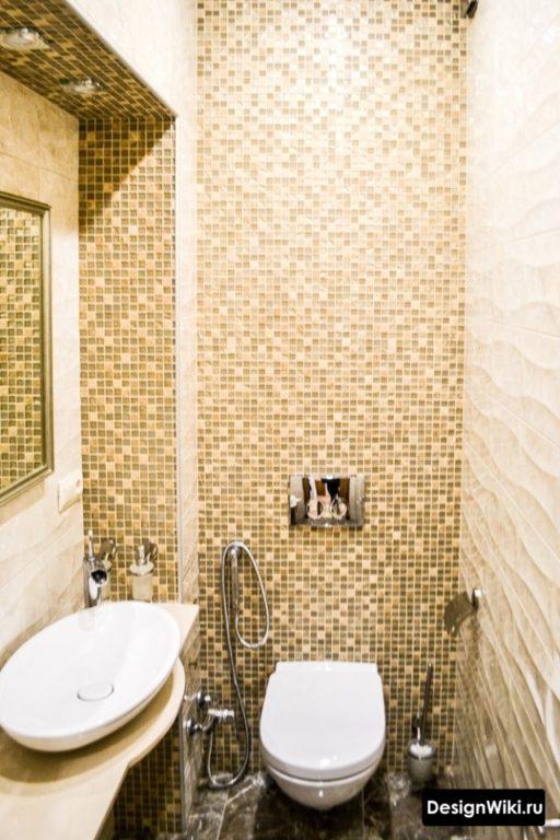 Мозаика и раковина в туалете без ванной