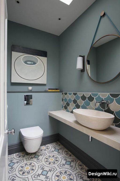 Окраска стен в туалете