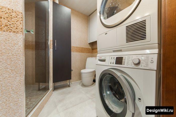 Плитка пикселька в ванной со стиральной машиной и душем