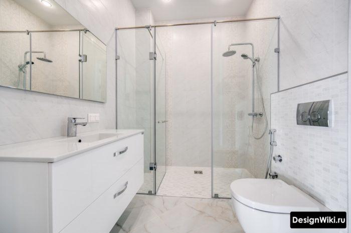 Современный интерьер светлой ванной