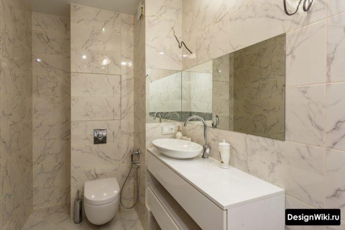 Унитаз с инсталляцией в ванной