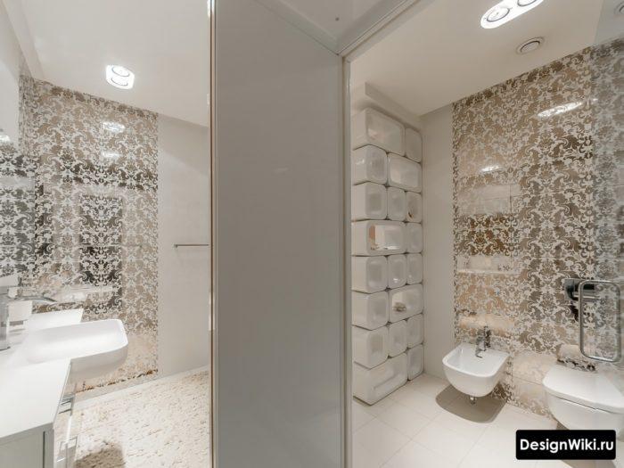 Выбор лучшей зеркальной плитки для ванной в классическом стиле