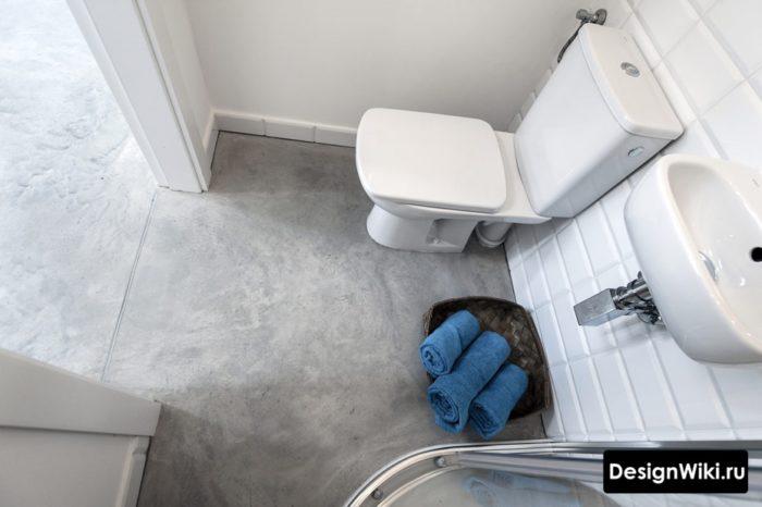 Наливной бетонный пол в ванной