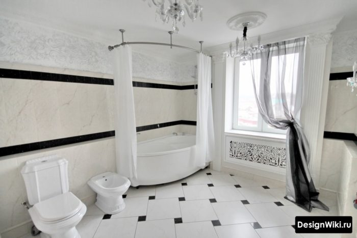 Большая ванная в античном стиле