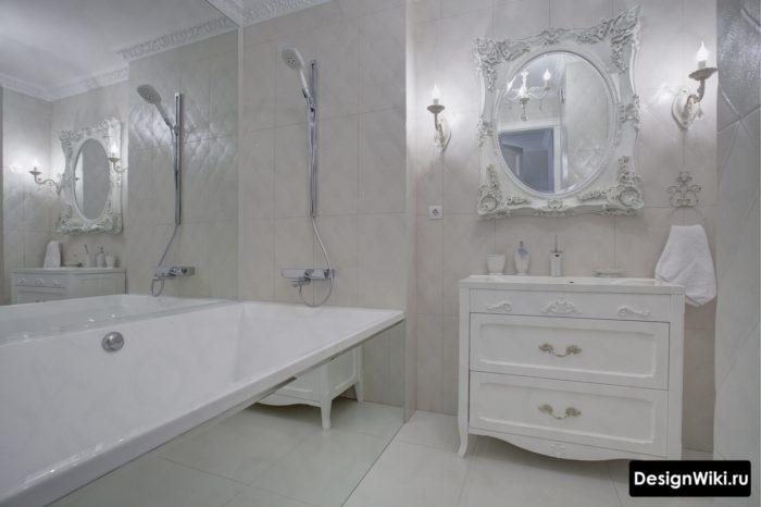 Дизайн белой ванной в стиле прованс