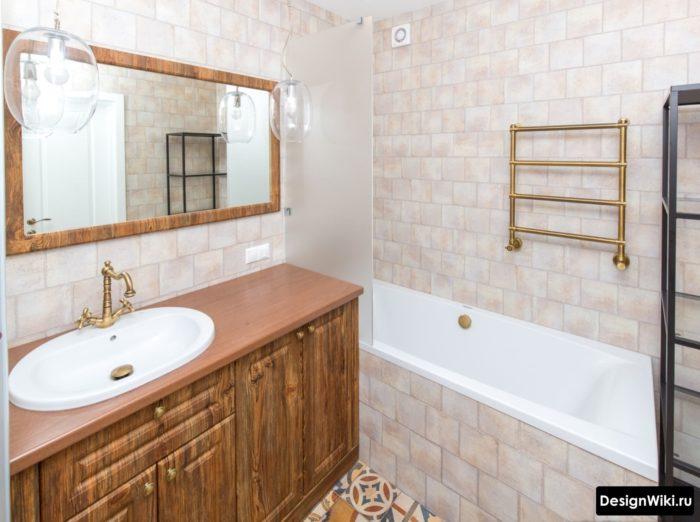 Напольная тумба для вещей в ванной комнате в античном стиле