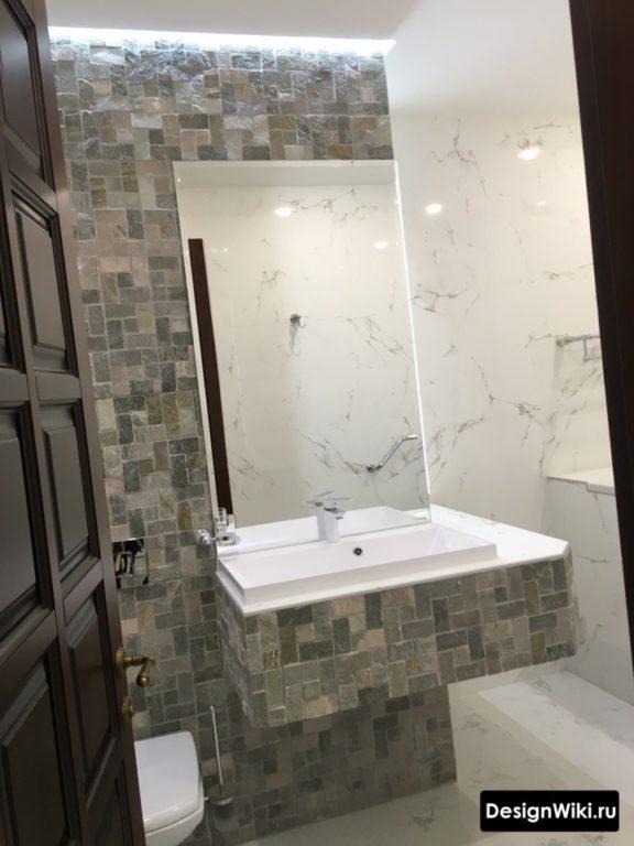 Облицовка плиткой столешницы в ванной комнате