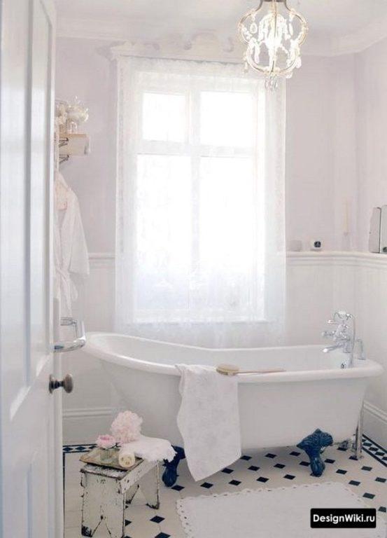 Отдельно стоящая ванна в стиле прованс