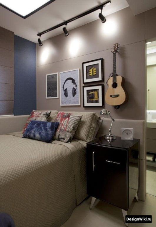Гитара и музыкальная тема в оформлении комнаты подростка