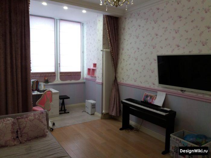 Комната для подростка девочки объединенная с балконом