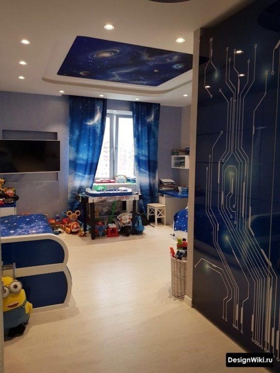 Космическая тематика в комнате подростка мальчика 12 лет