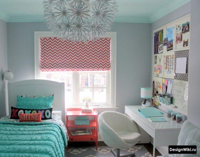 Нейтральная отделка и яркие аксессуары в комнате девочки
