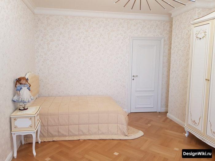 Простой классический дизайн комнаты подростка девочки