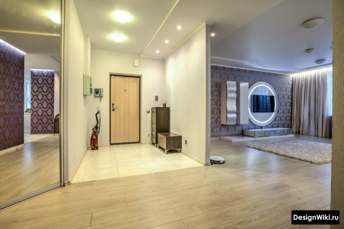 Переход между плиткой и ламинатов в прихожей без двери