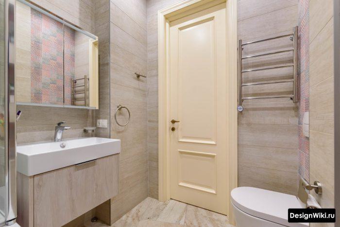 современный светлый дизайн ванной с туалетом