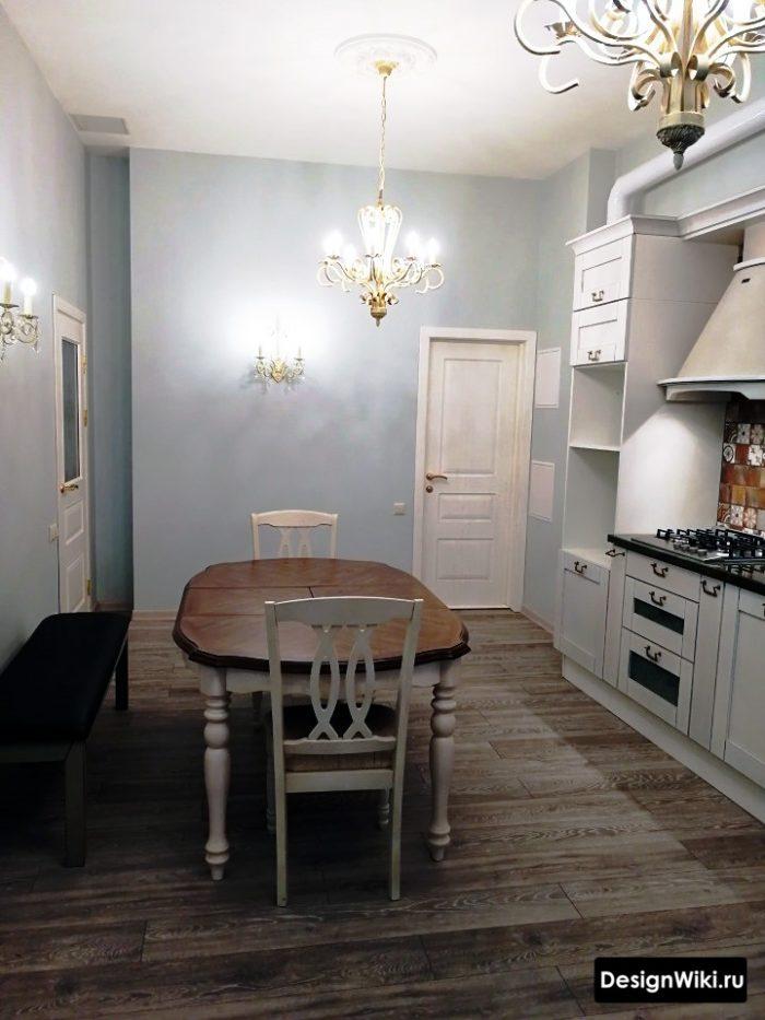 На кухне можно делать пол из ламината если это уберет переходы на плитку