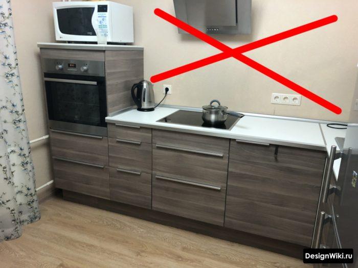 Ошибка делать маленькую кухню без верхних шкафов