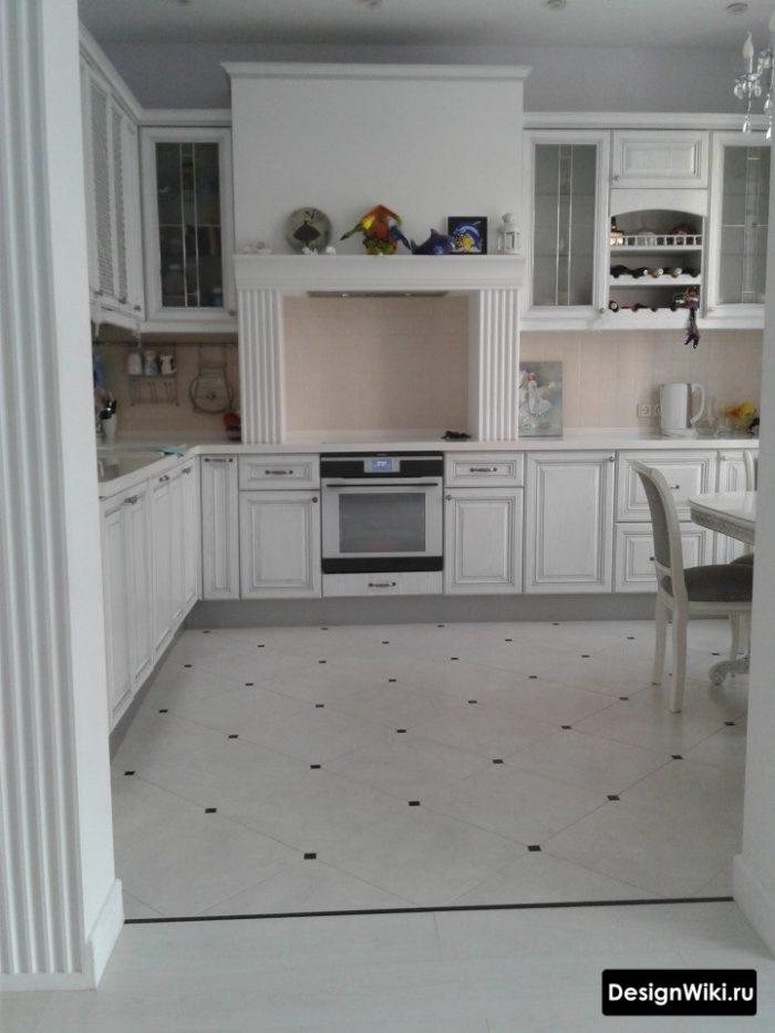 Плитка для кухни в классическом стиле на пол