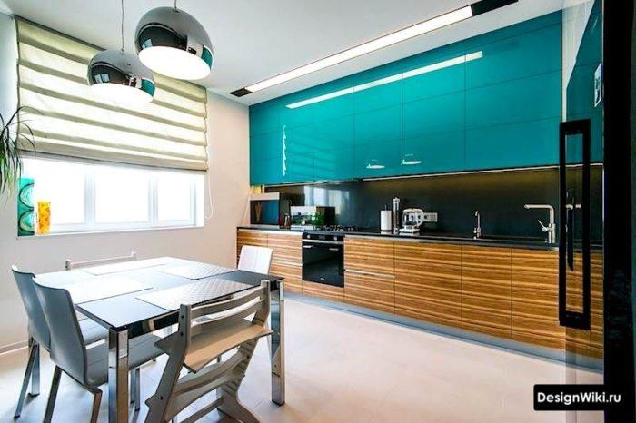 Глянцевая голубая кухня