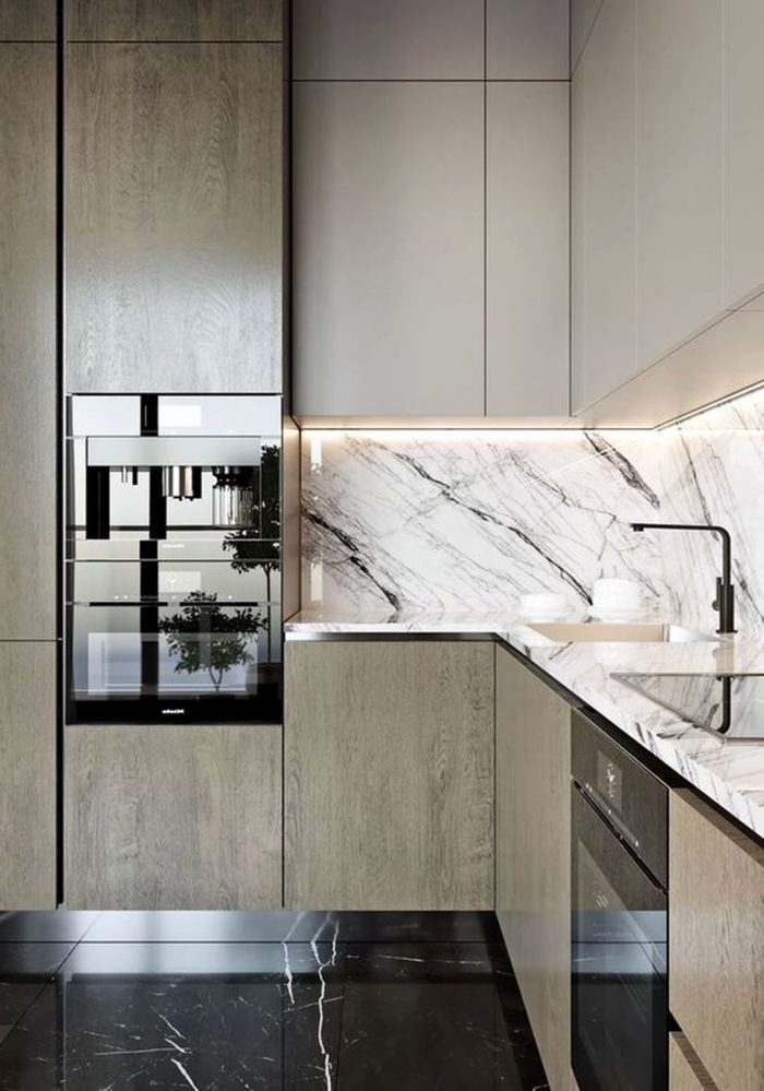 Дизайнерская кухня со столешницей и фартуком из мрамора
