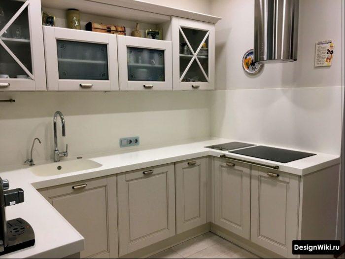 Дизайн кухни - несколько стилей на 1 фото