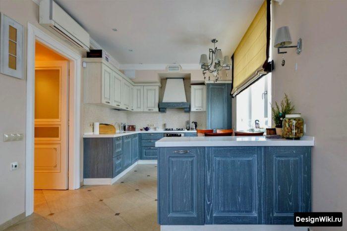 Дизайн синей кухни в стиле прованс