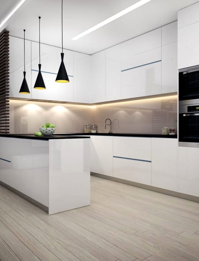 Дизайн угловой кухни с белыми глянцевыми фасадами