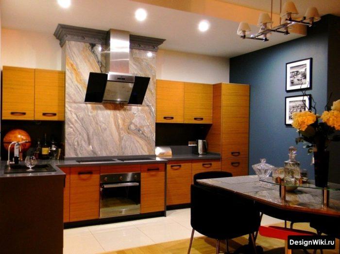Интересное решение для кухни - каменный шпон на стене