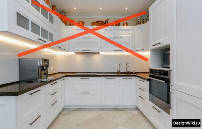 Отказываемся от навесных шкафов на кухне
