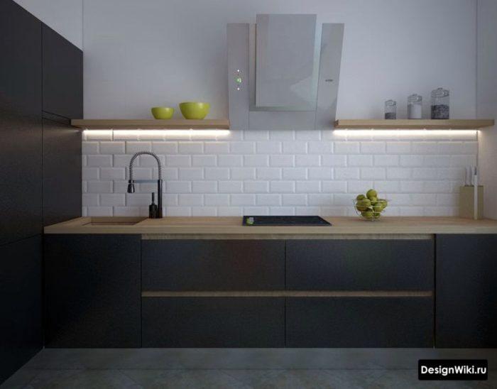 Открытые полки с подсветкой на кухне