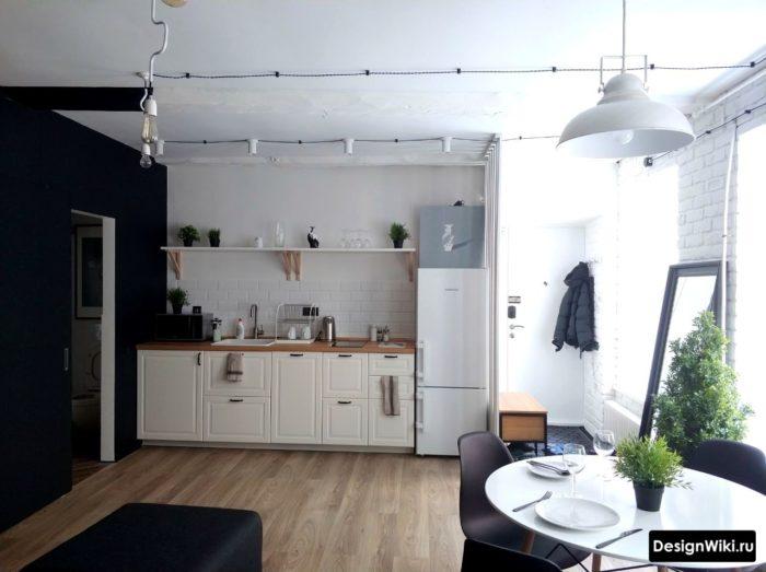 Простой и со вкусом дизайн кухни в скандинавском стиле