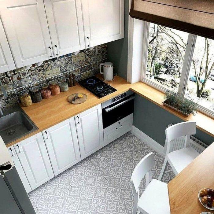 белая кухня в хрущевке в скандинавском стиле